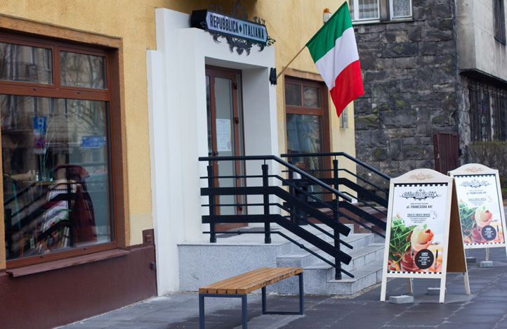 Repubblica Italiana – Włoska Republika na Francuskiej