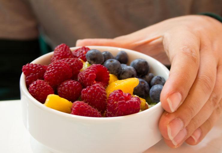 Mito bufet śniadaniowy owoce