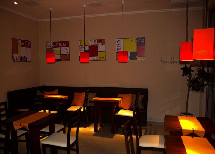 Luna Bistro Cafe