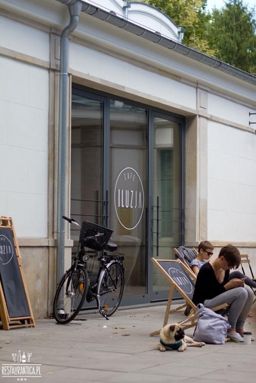 Cafe Iluzja