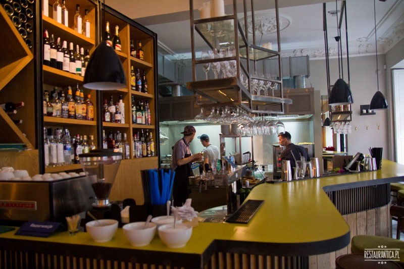 Bibenda wnętrze bar