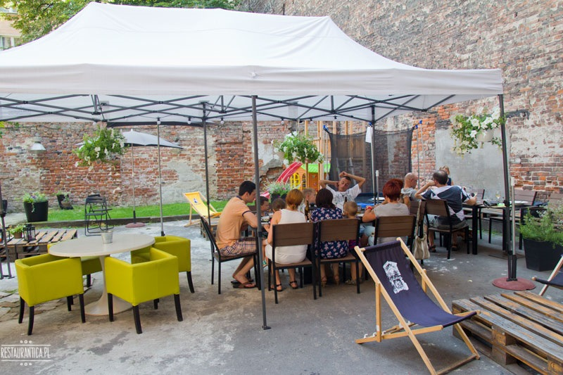 Art Bistro Stalowa 52 patio