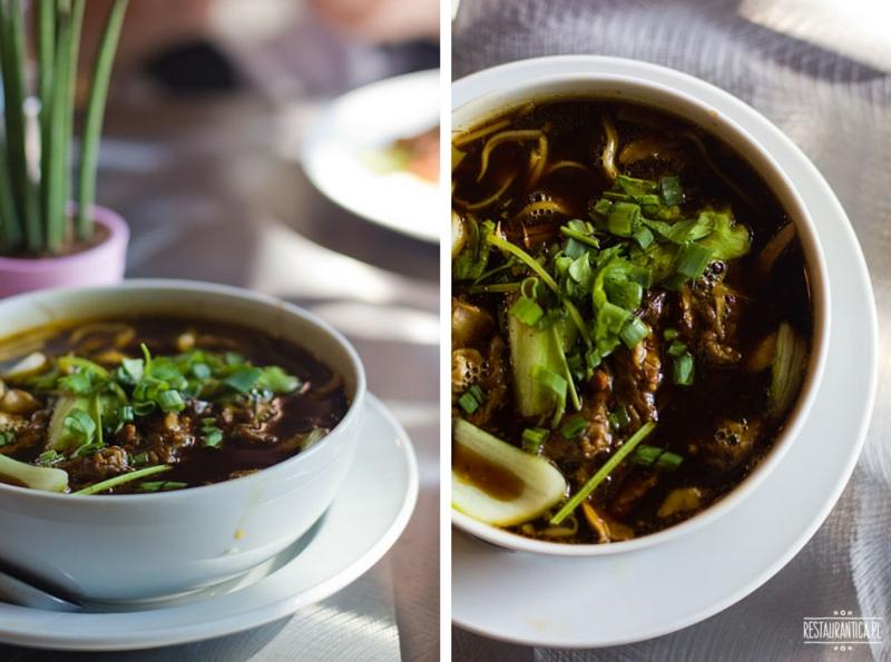 Thaisty zupa z kaczki