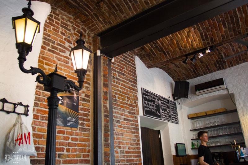 Zazie Bistro , Kraków, Józefa, francuska, Michelin, Bib Gourmand, restauracja, wnętrze, bar