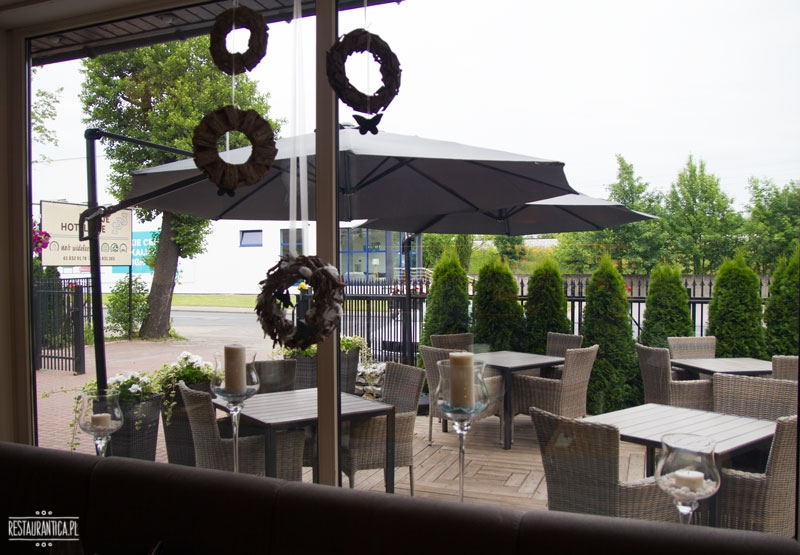 A Nóż Widelec, Poznań, ogród