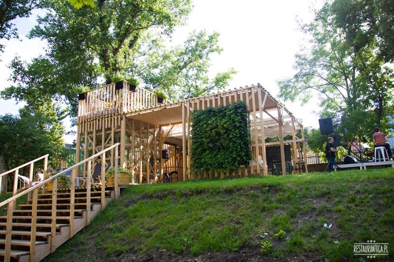 Pokój na lato ogródek letni