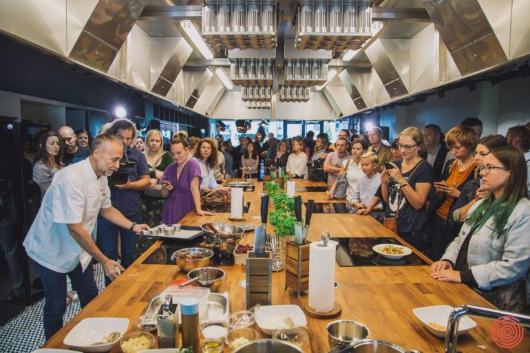 Michel Roux Jr na otwarciu Cook Story by Samsung