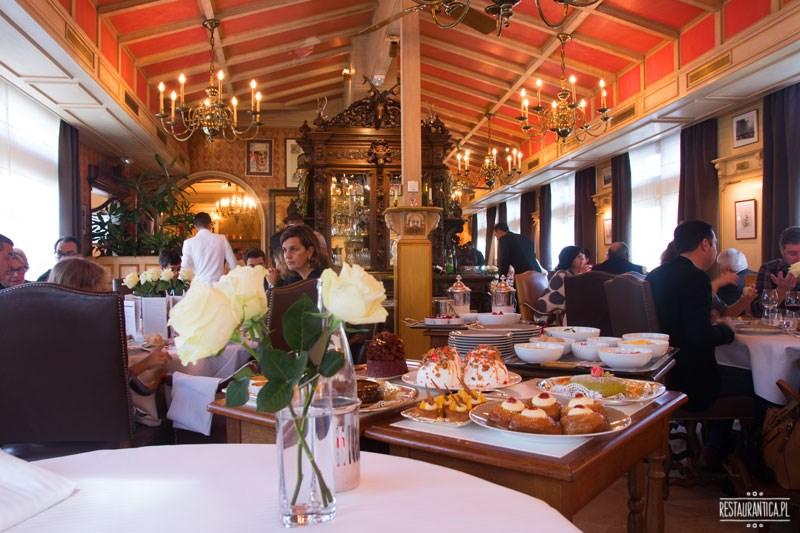 Bocuse restauracja wnętrze Lyon