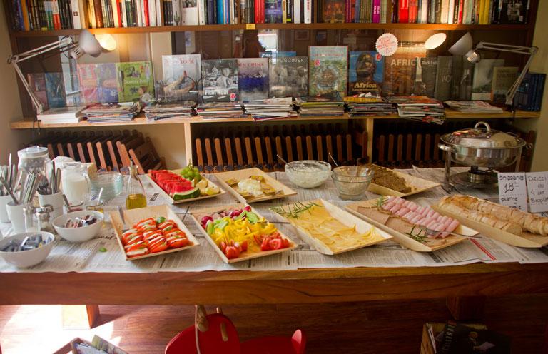 Wrzenie Świata – niedzielne śniadanie