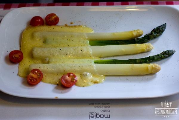 szparagi Magiel Cafe