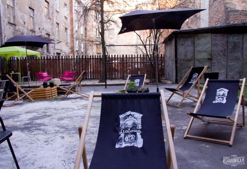 ArtBistro Stalowa 52 patio leżaki