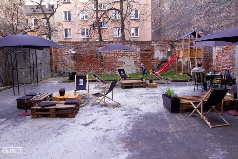 ArtBistro Stalowa 52 letni ogródek