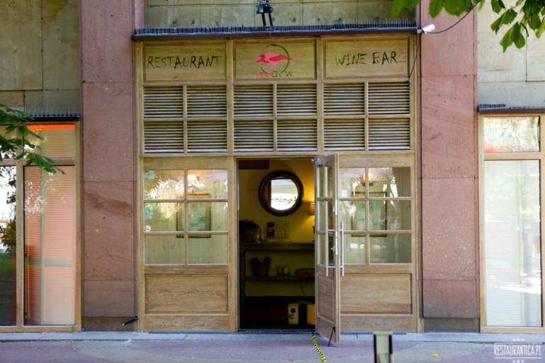 Pink Crow Restaurant & Bar