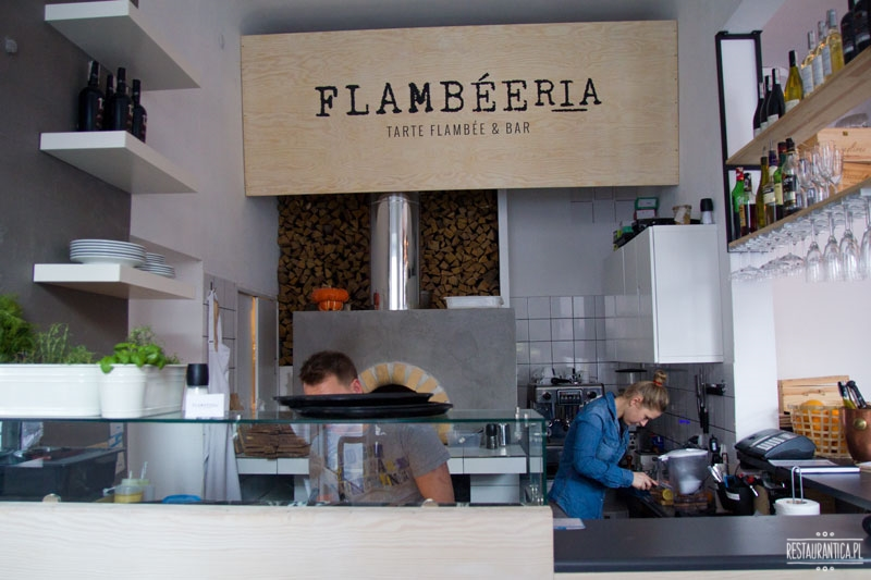 Flambeeria bar