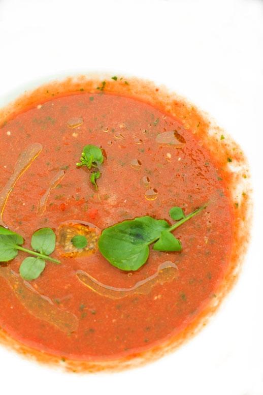POlnoc Poludnie malinowe gazpacho