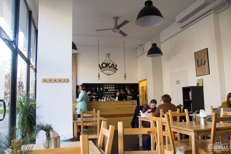 Lokal Vegan Bistro wnętrze