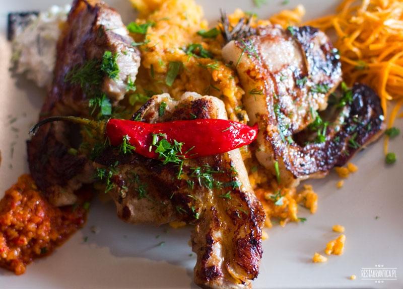 Bałkańska Dusza, stek z jagnięciny, kuchnia bałkańska, restauracja, Kanałowa