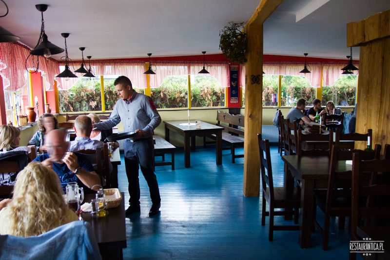 Bałkańska dusza karczma, wnętrze, kanałowa, restauracja, zacisze, kuchnia bałkańska