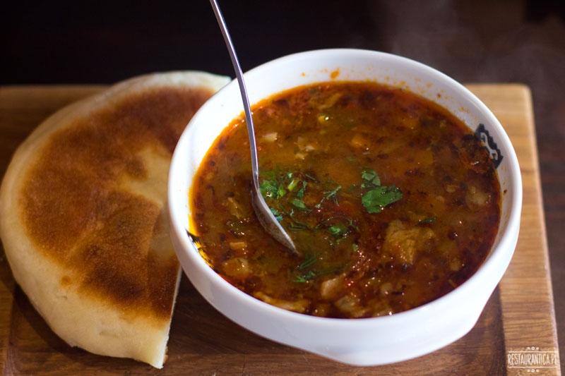 Bałkańska Dusza, zupa z jagnięciną, Zacisze, restauracja bałkańska, Kanałowa