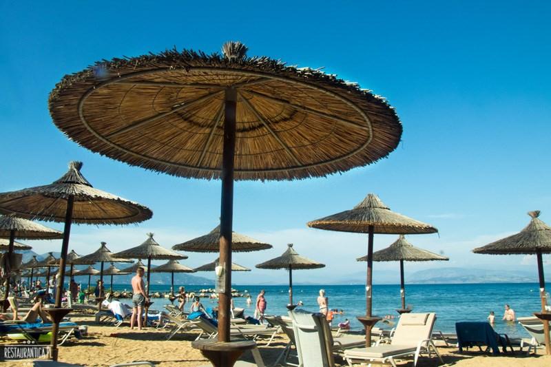 Kontokali beach parasole