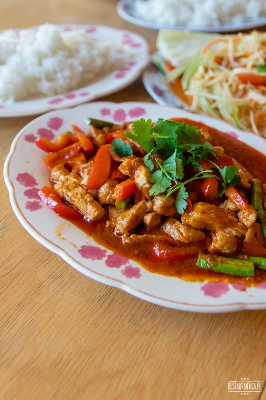Bangkok Soi wieprzowina curry