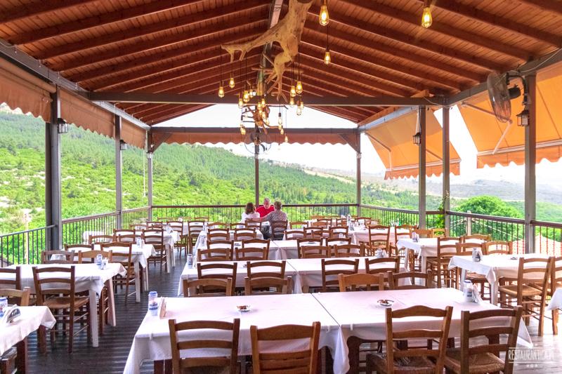 Iatrou Theologos restaurant